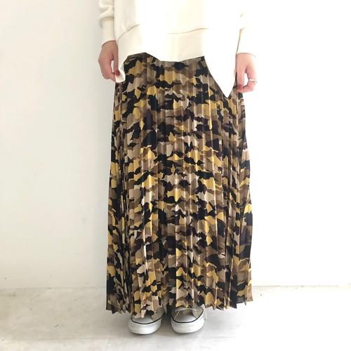 【 Chignonstar 】- 2192-294 - カモ柄プリーツスカート