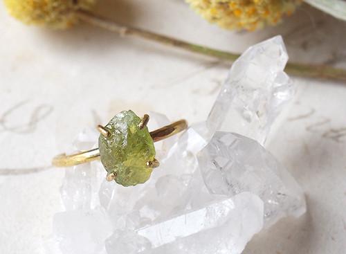 【一点物】原石のグリーンガーネットのリング