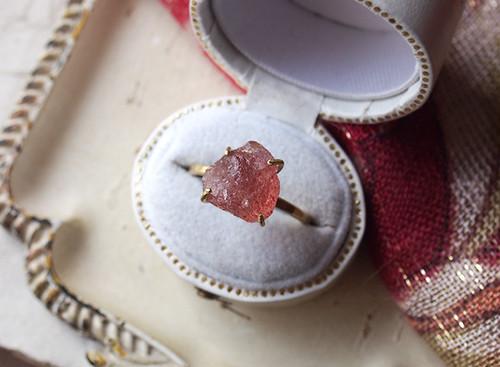 M様オーダー 原石のストロベリークォーツのリング
