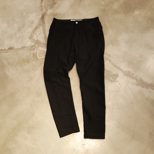 White Mountaineering KNITTED TWILL TAPERED PANTS