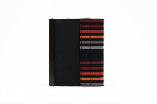 アモルフ 閉じる ブックカバー 手帳カバー A6(文庫)サイズ 黒縞