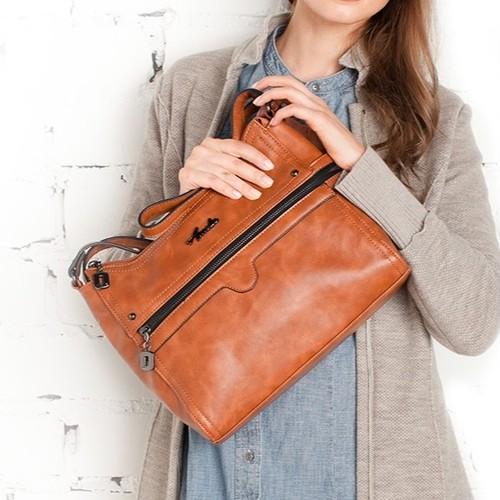 Shoulder Bag Crossbody Bag Multi Pocket PU Leather ショルダーバッグ レザー クロスボディ ポケット多め マルチポケット (AG99-3171248)