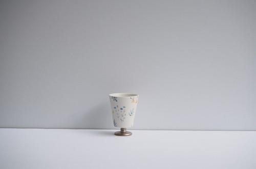 矢田久美子 上絵草花づくしゴブレット型茶杯 ③