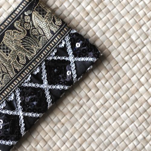 タイのやさしい手作り財布/象黒柄