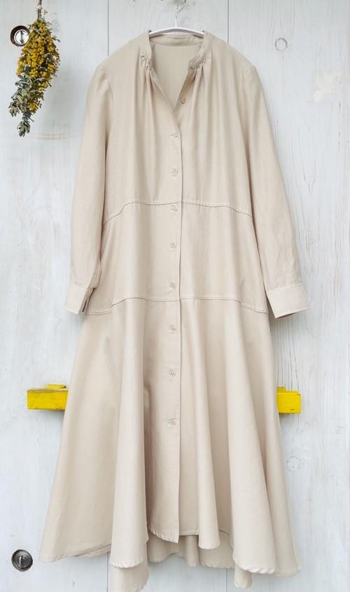 素敵に羽織れるフレア&ティアード切替 シャツ ワンピース
