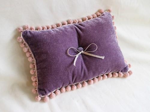 ring pillow(purple×ピンクポンポン)
