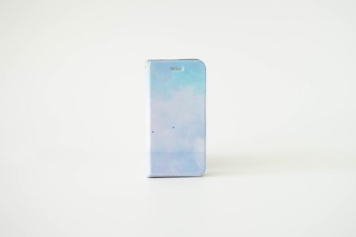 青い湖の、手帳型スマホケース