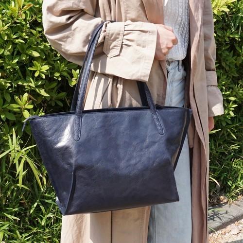 【水牛革】ムラ染めA4ファスナートートバッグ〈4色展開〉 レディース ビジネスバッグ A4収納 水牛革 軽い レザートート M8413