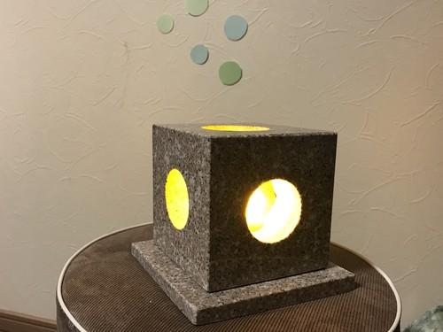 御影石で作るテーブルライト