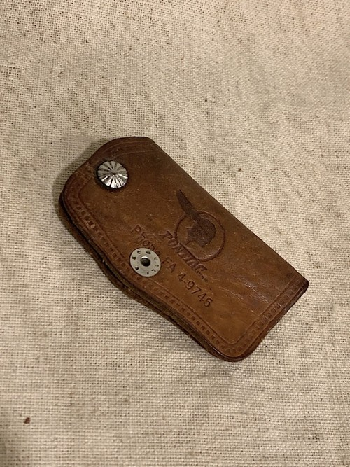 "LEATHER KEY CASE "" BARBER PONTIAC """