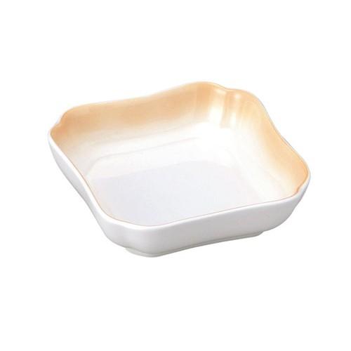 花四角小鉢(11cm) 可愛いカタチの深小皿 ぼかしオレンジ【2050-2740】