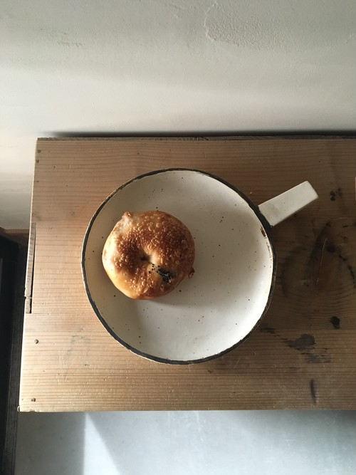 パン皿  直径 約22㎝×H3㎝  持ち手約7㎝