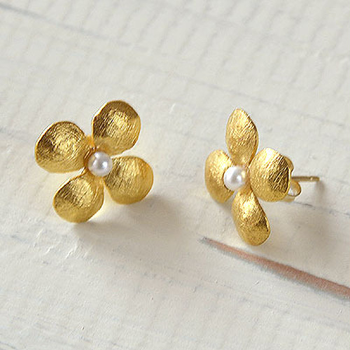 Flower Pearl Pierce A-Msize GOLD フラワーパールピアス A-Mサイズ(ゴールド)