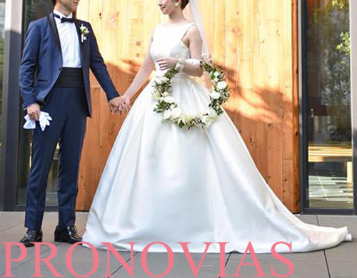 PRONOVIAS / プロノビアス(US4)