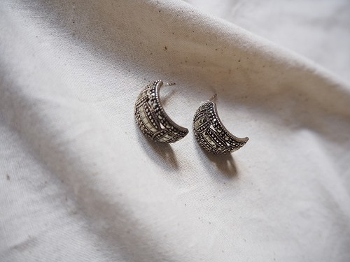<vintage silver925>decorative crave pierce