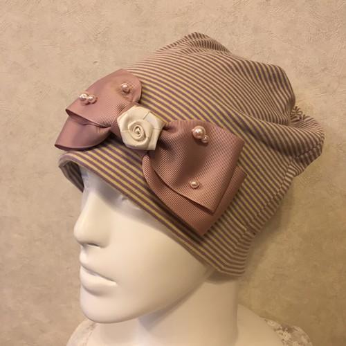 薔薇のモチーフのケア帽子 ストライプ