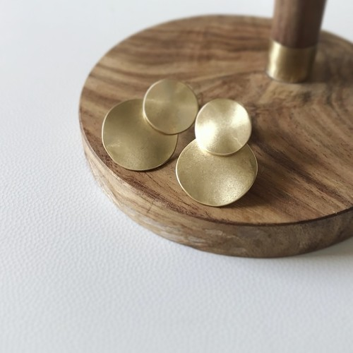 Earring WORN/ GOLD