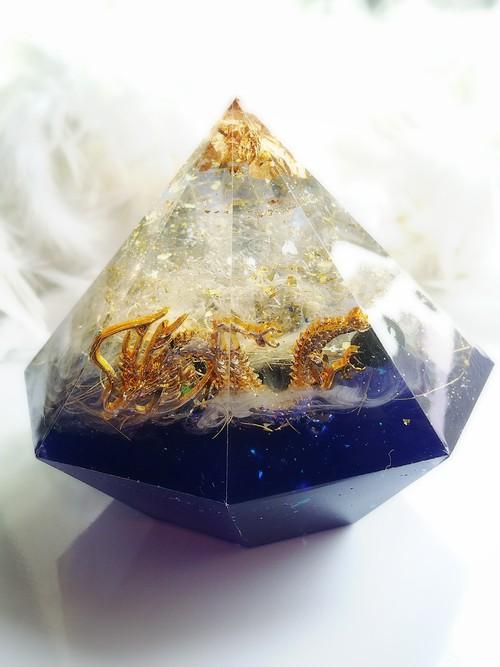 龍神と水晶球の八角堂オルゴナイト