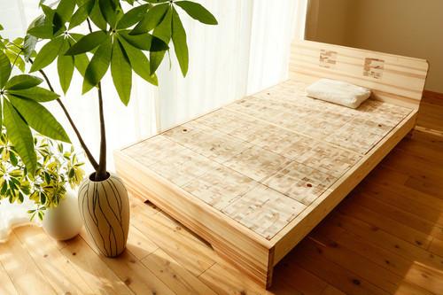 【こぐち】セミダブル (「眠れる森のSUGI」ベッド)