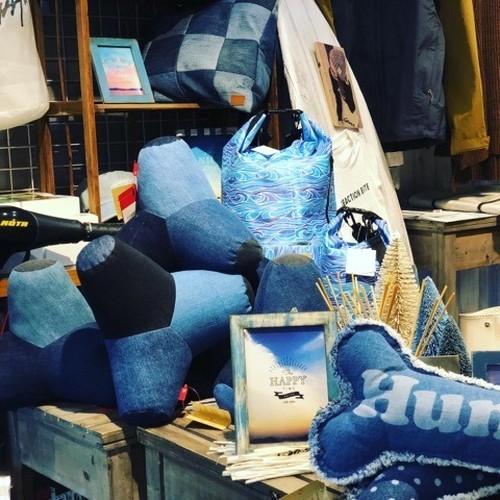 【スポット入荷:お早めに!】デニムアイテム テトラポットクッション 岡山デニム雑貨