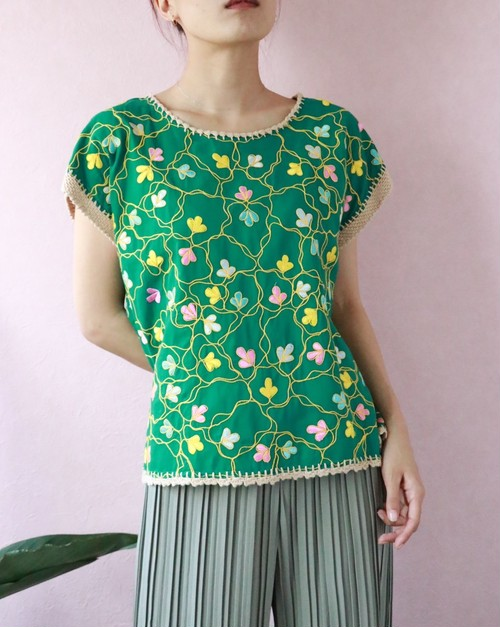 green embroidery blouse