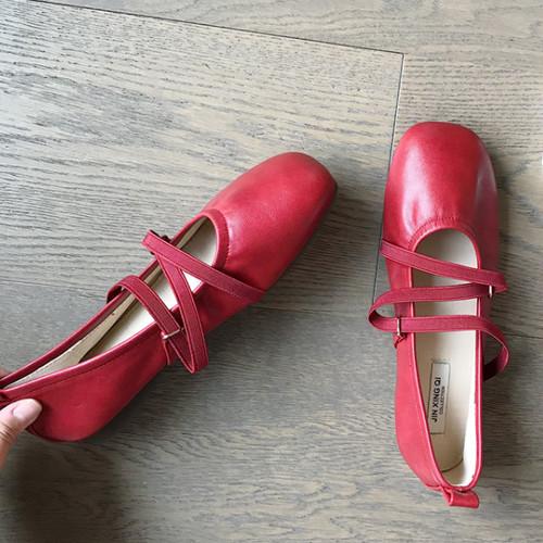 クロスゴムストラップシューズ ぺたんこ 楽ちん 春秋 履きやすい 靴 かわいい フェミニン 韓国