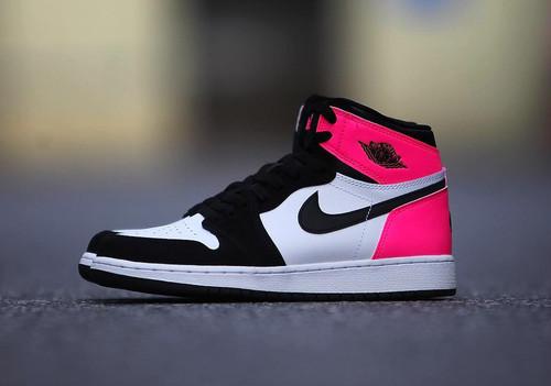 Nike Air Jordan 1 Valentine 大きいサイズ