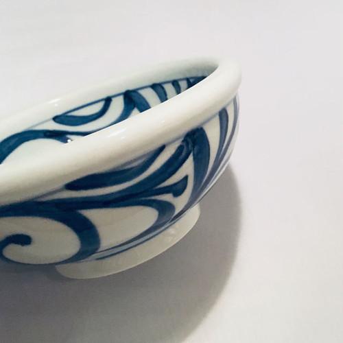 【砥部焼/梅山窯】5寸玉縁鉢(唐草)