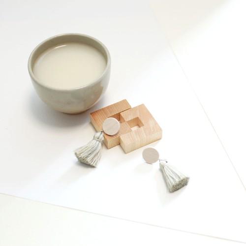 タッセル紙ピアス-甘酒-
