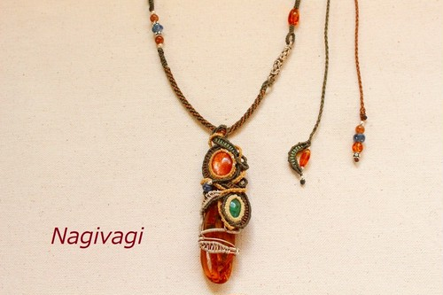 Amber & Emerald & Sunstone silverwire macrame necklace