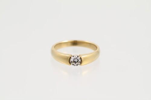 K18 0.337ct ダイヤモンドリング ●