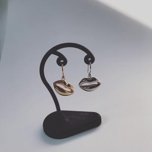 クチビルピアス(斜めぶら下がり)*片耳販売