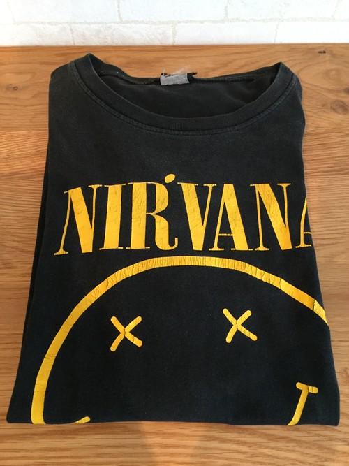 90's  NIRVANA Tshirt                   古着 us古着 バンド Tシャツ バンT