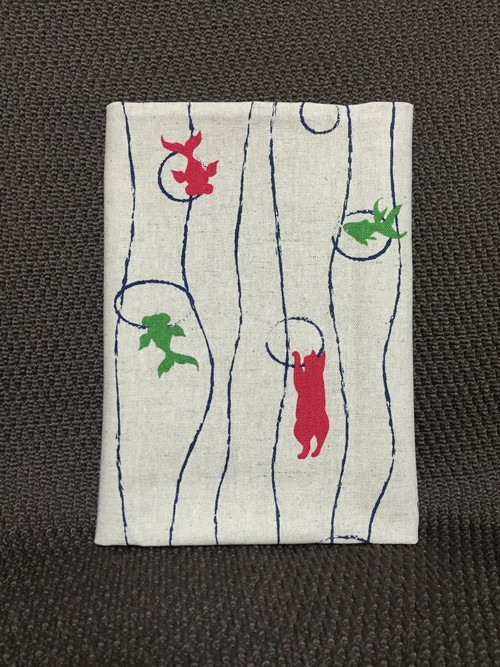 【御朱印帳】猫と赤い金魚