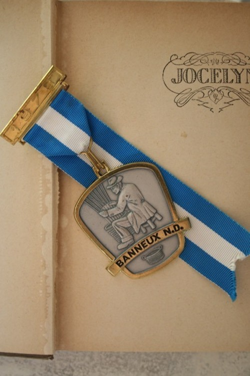 フランスヴィンテージ メダルFRANCE VINTAGE Medal / an-15026