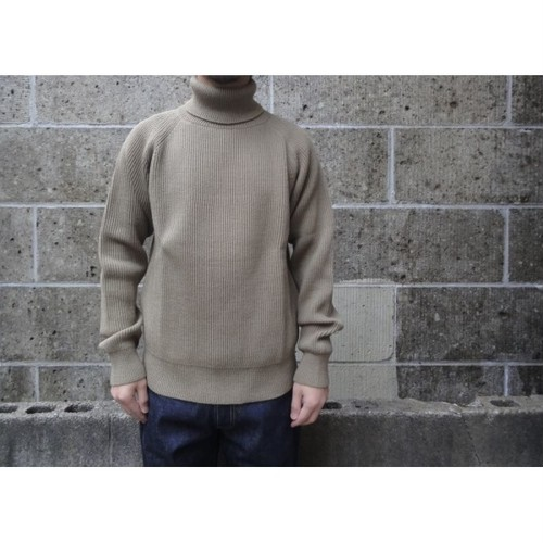 VINCENT ET MIREILLE (ヴァンソン エ ミレイユ) TURTLE NECK SWEATER 8GG AZE カーキ