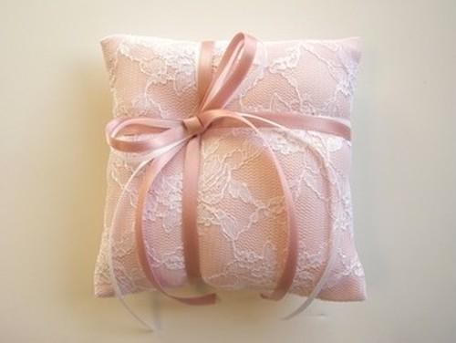 リングピロゥ 「ギフト」 ピンク