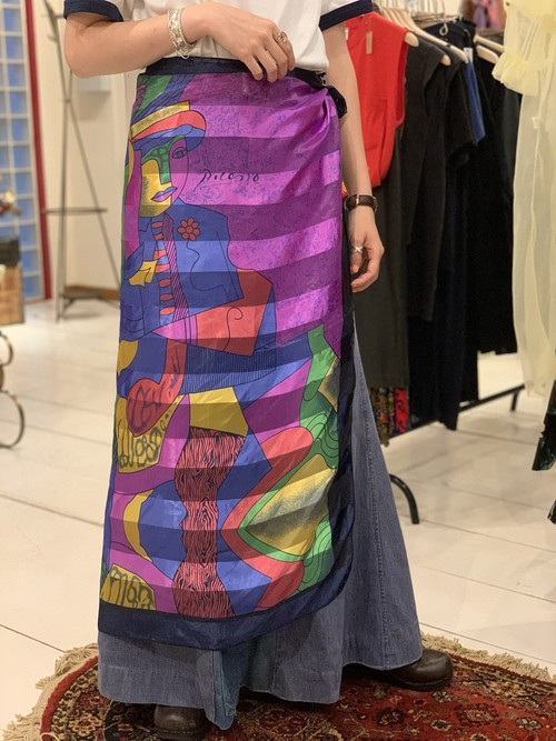 Picasso scarf see-through