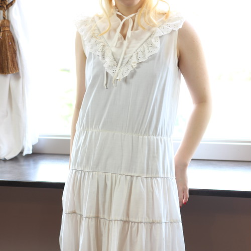 FRENCH VINTAGE NO SLEEVE FRILL ONE PIECE/フランス古着ノースリーブフリルワンピース