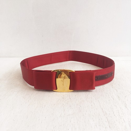 Ferragamo vara  belt  satin red