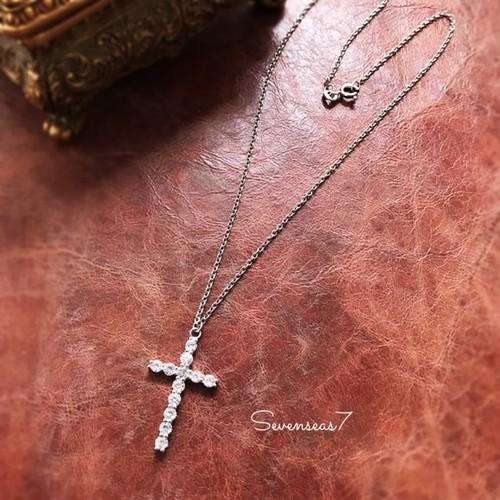 人工ダイヤモンド12石のクロスモチーフシルバー925ネックレス
