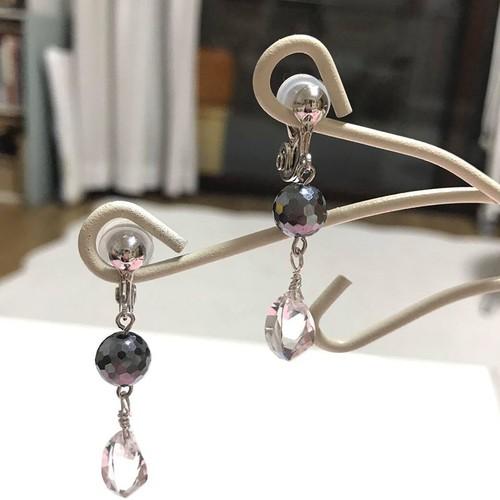 【Non Scellé】テラヘルツと水晶の、耳の痛くなリにくいイヤリング
