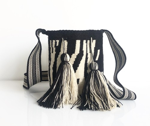 ワユーバッグ(Wayuu bag) Luxe line Sサイズ Zebra