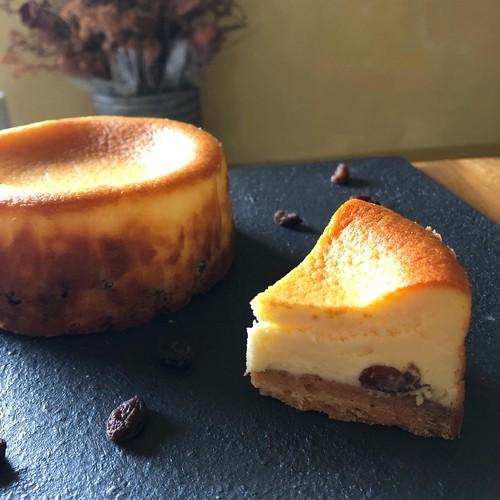 クリーミーチーズケーキ-ラムレーズン-(1カット)