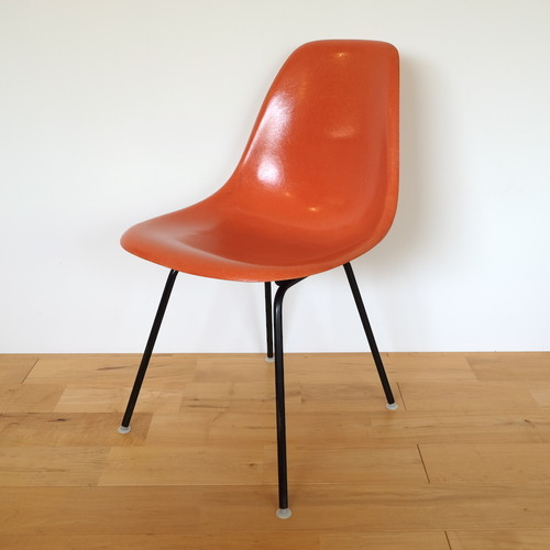 Herman Miller(ハーマンミラー) サイドシェルチェア オレンジ Hベース ブラック イームズ ビンテージ