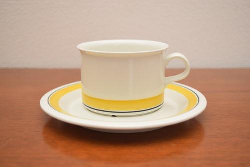 アラビアファエンツァ(イエローライン)ティーカップ&ソーサー【ARABIA/Faenza】北欧 食器・雑貨 ヴィンテージ | ALKU