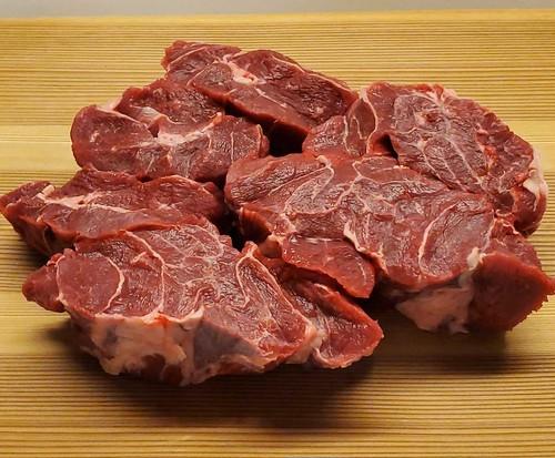 国産牛スネ肉角切  400g