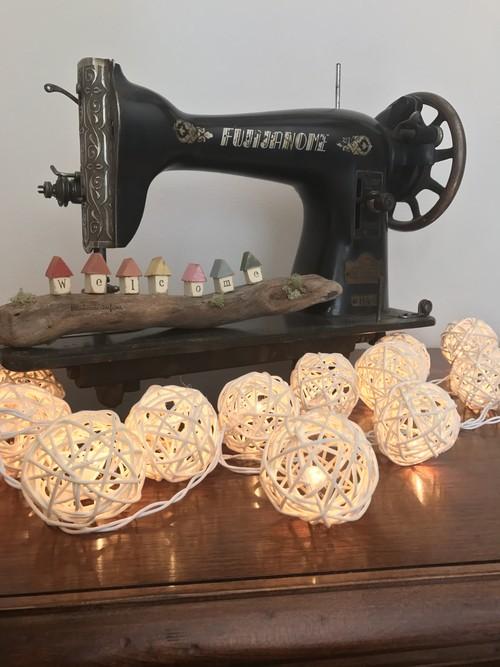 冬の灯りラタンボール イルミネーション ガーランド
