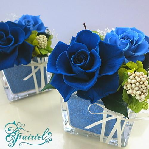 オリジナル花器と花の織りなすマリアージュ【クリスタルキューブ・ブルーVer】