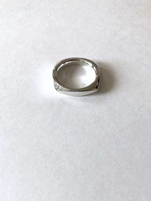 Square & CZ Ring (スクエアリング石有り)